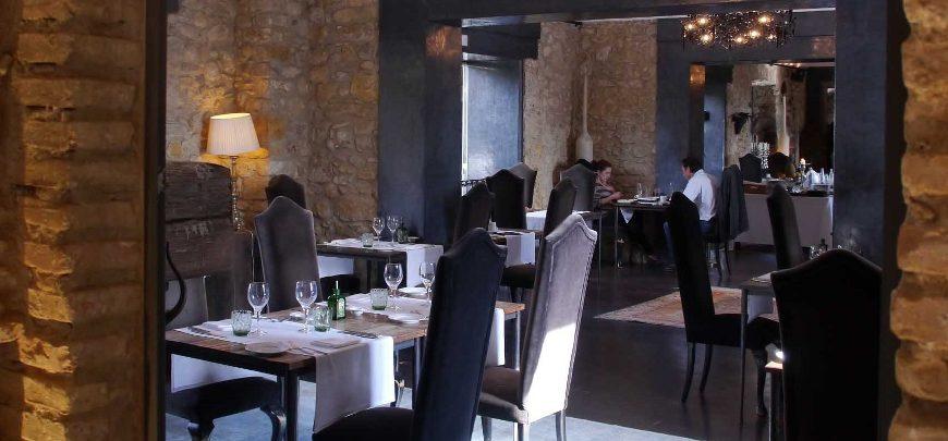 14-Burghotel Castell d'emporda 870x405