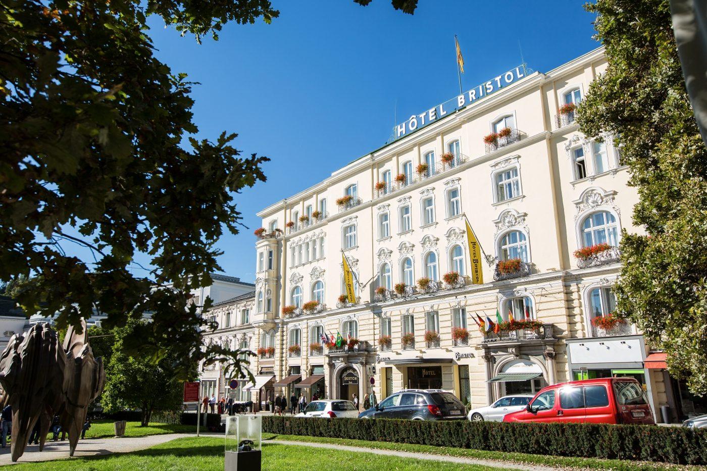 Salzburger festspiele aida mit netrebko und semeschuk for Designhotel salzburg