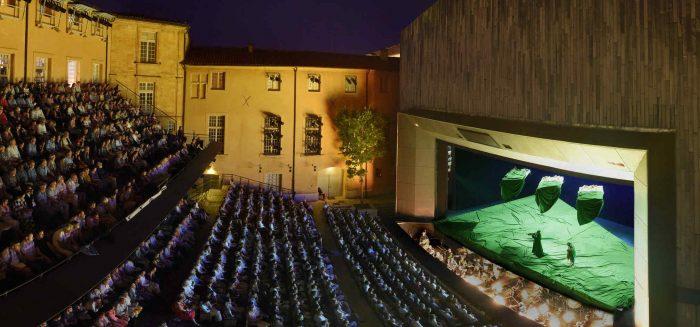 theatre-de-larcheveche-c-festival-daix-en-provence-foto-vincent-pontet-aufmacher_17