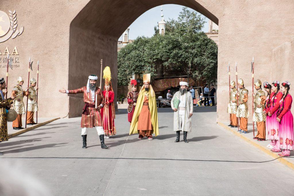 Exklusiver Empfang in Kashgar(Alban Motsch)