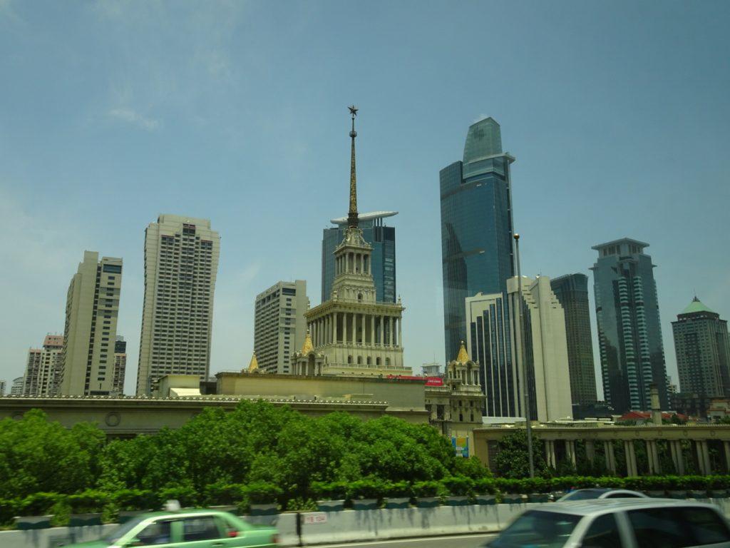 Downtown Shanghai ( Annette Boeddinghaus)