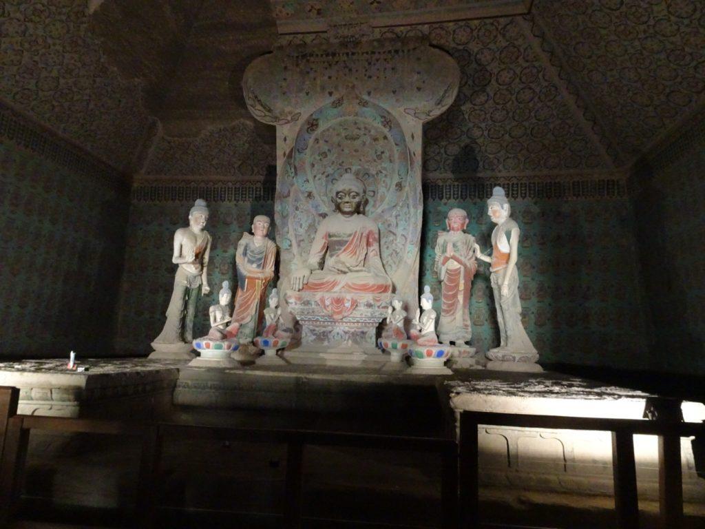 Fresken und Figuren in den Mogao-Grotten (Annette Böddinghaus)