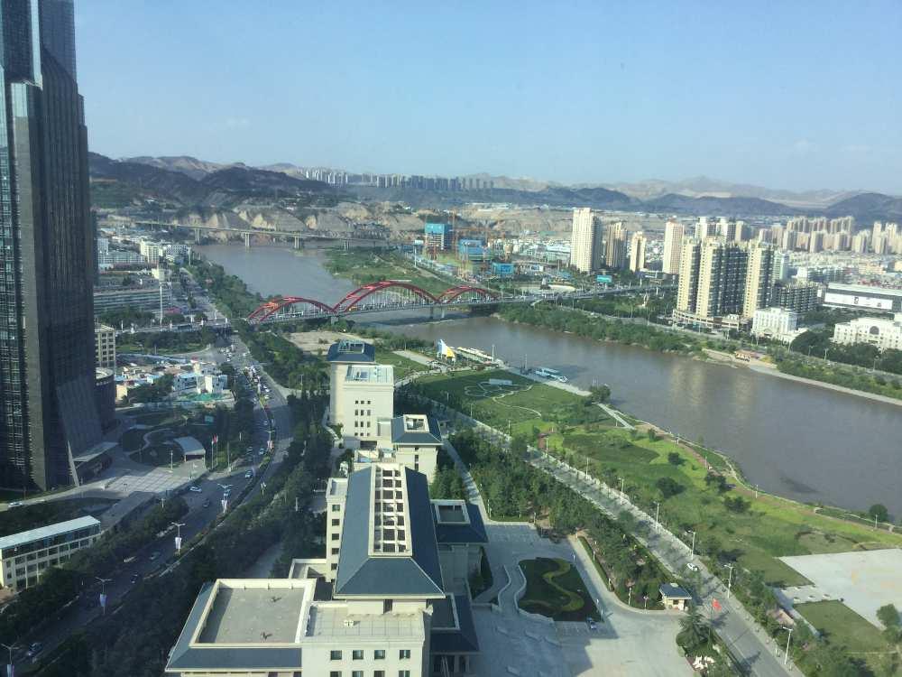 Tag in Lanzhou – Blick aus dem Hotelzimmer (Monika Klinger)
