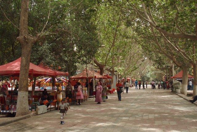 Volkspark in Kashgar (Waldemar Schulz-Pruss)