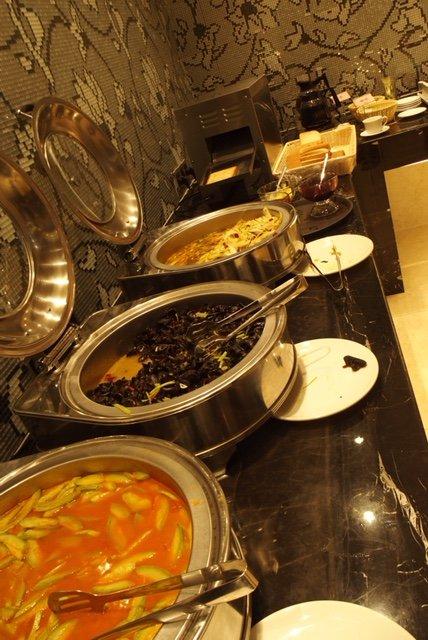 Frühstücksbuffet im Hotel mit chinesischen Spezialitäten