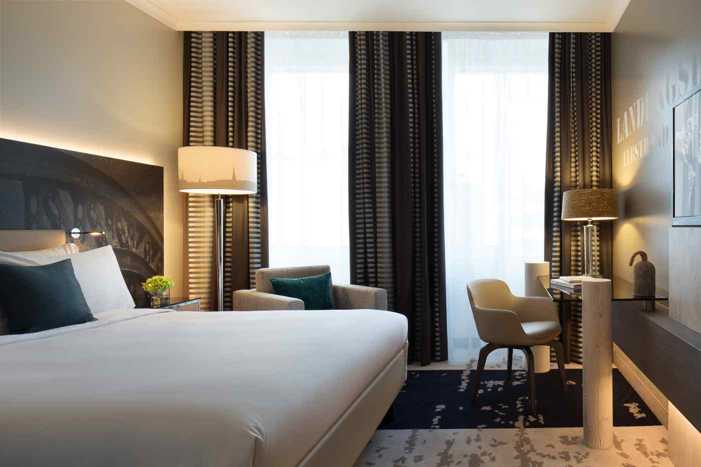 Doppelzimmer Hotel Renaissance Hamburg