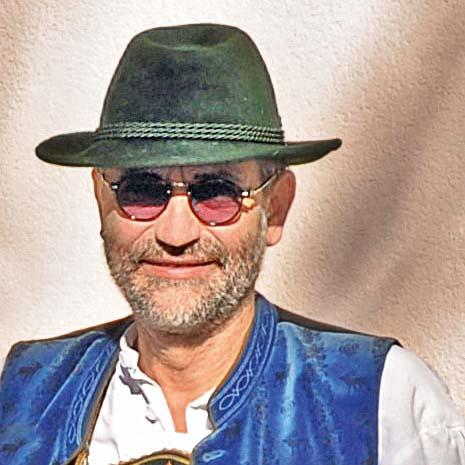 Prof. Rudolf Hipp