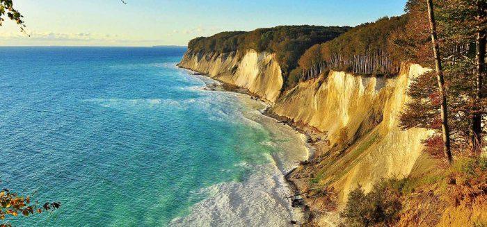 Cliff mit Meer