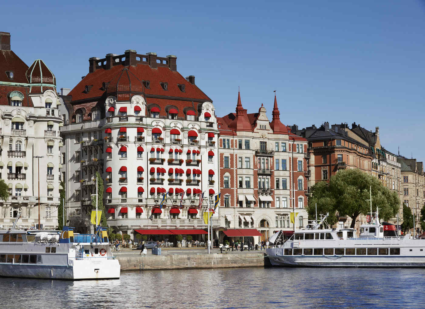 1-hotel-diplomat-fredrik-ottosson