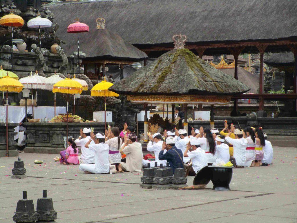 Indonesien Zeremonie
