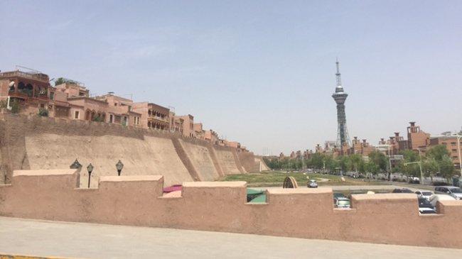 Reste der historischen Stadmauer (Bernd Loppow)