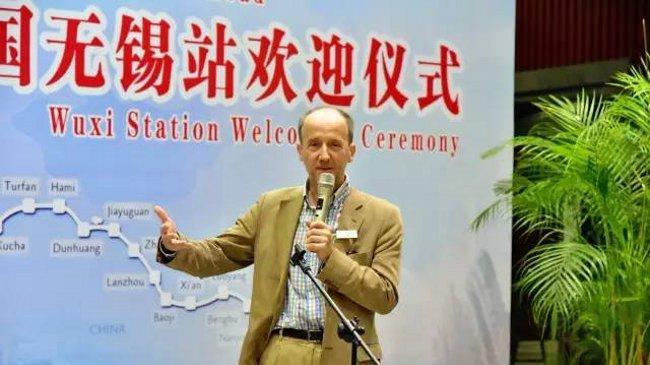 Walter Weiss, Reiseleiter