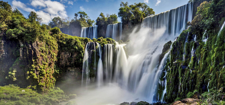 283_Iguazu Waterfalls Jungle Argentina Brazil