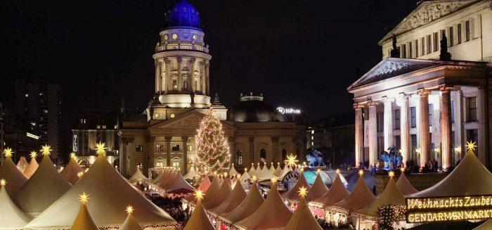 DEA_869_Berliner Kultur-Highlights im Advent_Poppe_Berlin Weihnachtsmarkt_visitBerlin_Wolfgang Scholvien_Aufmacher.jpg