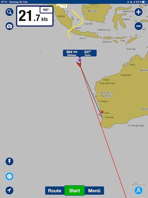 Noch 1000 Seemeilen bis Fremantle, das sind rund 1850 km. Dafür haben wir jetzt noch 48 Stunden Zeit. Bei einer konstanten Geschwindigkeit von 21 Knoten sollte sich das ausgehen