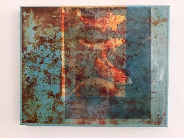 Wasser grünblau/Fische/Äquator. <br />Mischtechnik auf Keilrahmen von Rose K. Gesing