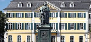 870_Bonn Beethoven Denkmal Münsterplatz (c) Michael Sondermann_Bundesstadt Bonn