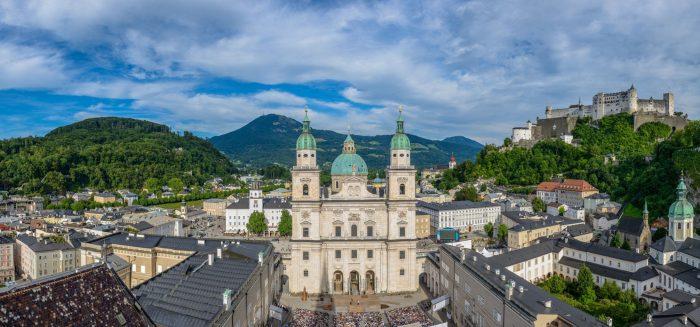 026_Aufmacher_Festpsiele_Domplatz 2015 (c) Tourismus Salzburg, Foto Günter Breitegger low res