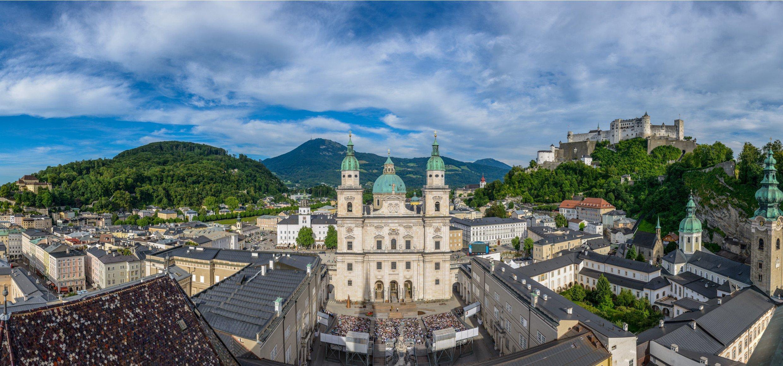 026_Festpsiele_Domplatz 2015 (c) Tourismus Salzburg, Foto Günter Breitegger low res