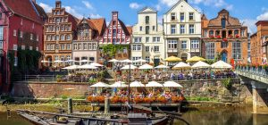 03_250_Stintmarkt_Lüneburg_shutterstock_573701173_Standartlizenz_nur Online_(c)_Sina Ettmer Photography