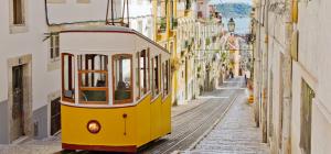 245_(5)_Portugal_Lissabon_Standseilbahn_shutterstock_86309014_Standardlizenz_nur Online_(c)_Martin Lehmann