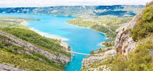 3_139_Provence_Online_Only_iStock-482127978_(c)romrodinka