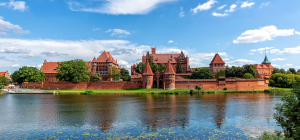 Slider1_202_Titel_Pommern_castle_c_pixabay
